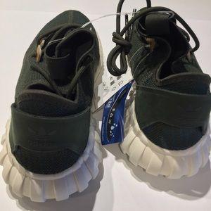 finest selection b0bd9 464ee adidas Shoes - adidas Originals Tubular Doom Socks Size NWOB